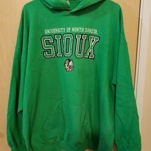 Tops - Fighting Sioux sweatshirt